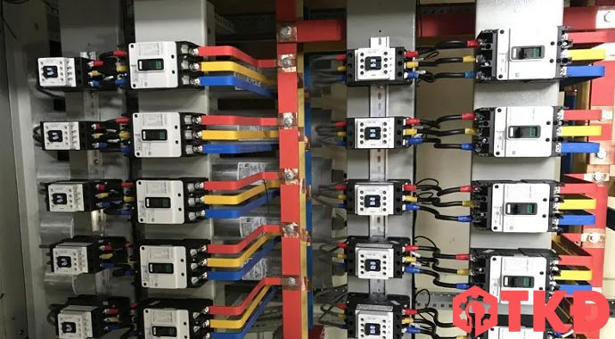 thiết kế tủ điện công nghiệp