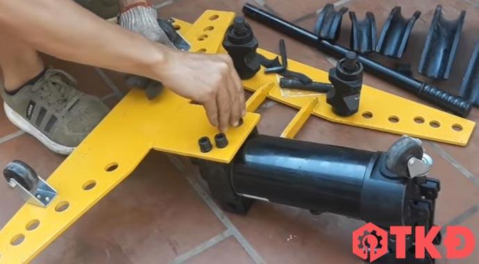 cách sử dụng máy uốn ống
